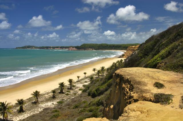 brasilien pipa strand steine