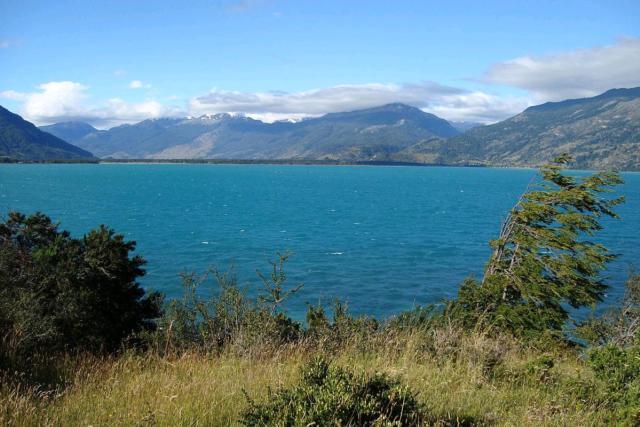 lago buenos aires