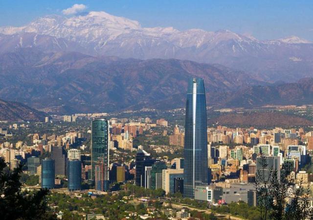 SANTIAGO DE CHILE   b